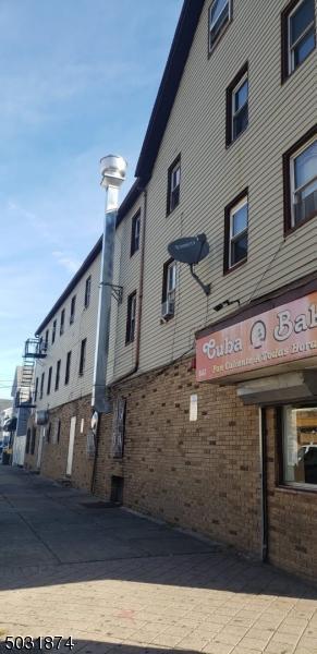845 ELIZABETH AVE, Elizabeth City, NJ 07201 - Photo 2