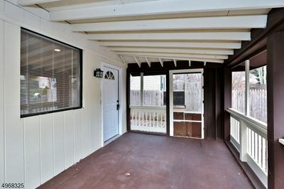 422 BROWN TRL, HOPATCONG, NJ 07843 - Photo 2