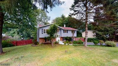 27 GLENSIDE DR, Mount Olive Twp., NJ 07828 - Photo 1