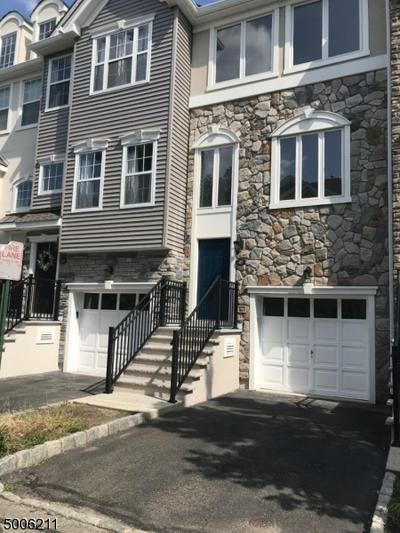45 DEVONSHIRE DR, Clifton City, NJ 07013 - Photo 1