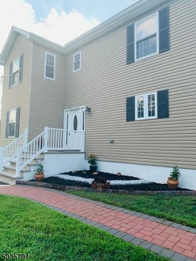370 GIRARD AVE, Franklin Twp., NJ 08873 - Photo 2