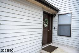 106 SEQUOIA CT, Raritan Twp., NJ 08822 - Photo 2