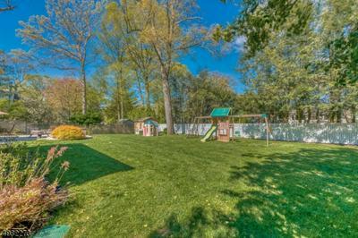 321 MARTOM RD, Wyckoff Township, NJ 07481 - Photo 2