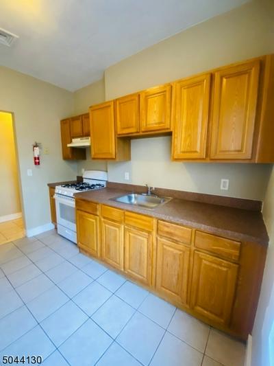 554 VALLEY RD, West Orange Twp., NJ 07052 - Photo 1