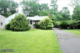 459 LA GRANDE AVE, Fanwood Boro, NJ 07023 - Photo 2