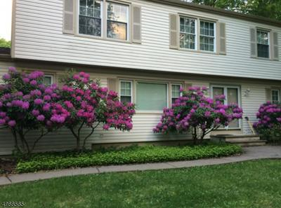 8 MALLARD LN, LONG VALLEY, NJ 07853 - Photo 1