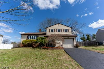 15 SHELLY DR, SOMERSET, NJ 08873 - Photo 1