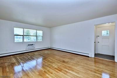680 STATE ROUTE 15 S APT 4, Jefferson Twp., NJ 07849 - Photo 2