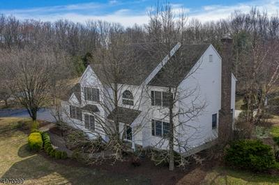 5 GRIST MILL RD, PITTSTOWN, NJ 08867 - Photo 2