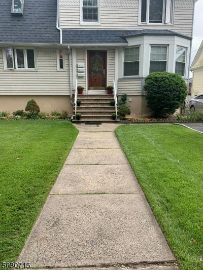 423 CHESTNUT ST, Roselle Park Boro, NJ 07204 - Photo 1