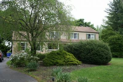 25 CHARLESTON DR, Montgomery Township, NJ 08558 - Photo 2
