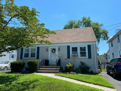 812 HUFF AVE, Manville Boro, NJ 08835 - Photo 1