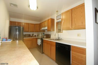 1935 UNION VALLEY RD APT D, West Milford Twp., NJ 07421 - Photo 1