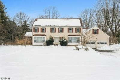 5 HALSTEAD RD, Mendham Boro, NJ 07945 - Photo 2