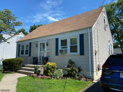 812 HUFF AVE, Manville Boro, NJ 08835 - Photo 2