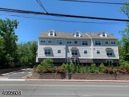 569 SPRINGFIELD AVE UNIT 4, Berkeley Heights Twp., NJ 07922 - Photo 1