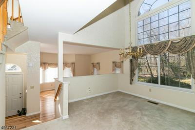 78 CRABAPPLE LN, Gillette, NJ 07933 - Photo 2