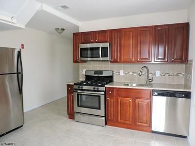 289 GLENWOOD AVE # 291, Bloomfield Township, NJ 07003 - Photo 1