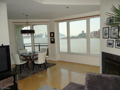 600 HARBOR BLVD UNIT 1032, Weehawken Twp., NJ 07086 - Photo 1