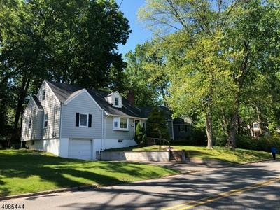13 LAKE DR W, Wayne Township, NJ 07470 - Photo 1