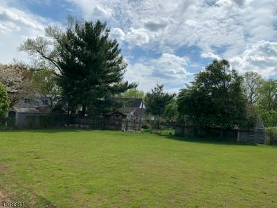 131 RUSSELL RD, Fanwood Borough, NJ 07023 - Photo 2