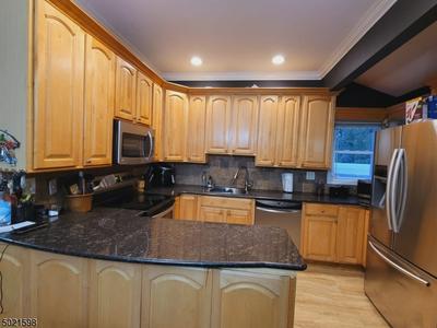 204 ATLANTIC ST, Woodbridge Twp., NJ 08840 - Photo 2