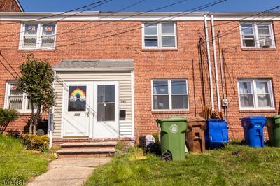 748 N STILES ST 1, LINDEN, NJ 07036 - Photo 1