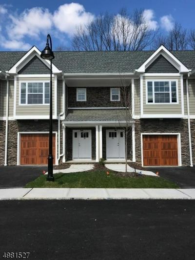 11 TRACKS COURT 14, Montville Township, NJ 07082 - Photo 1
