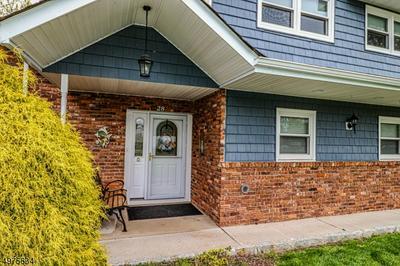 28 WHEATSHEAF RD, Clark Township, NJ 07066 - Photo 2