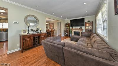 12 RIVERVIEW TER, RIVERDALE, NJ 07457 - Photo 2