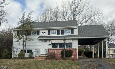 18 MASTOGEN DR, SOMERVILLE, NJ 08876 - Photo 1