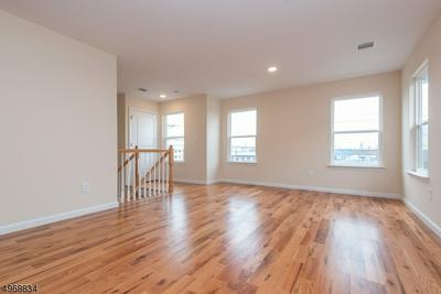 161 3RD AVE UNIT 1, Elizabeth, NJ 07206 - Photo 2