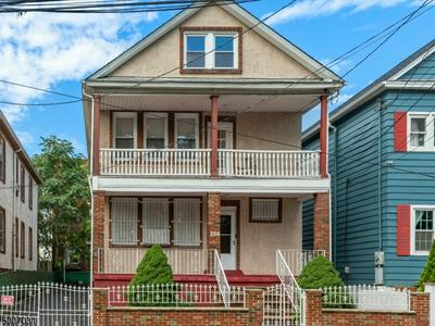 206 LIVINGSTON ST, Elizabeth City, NJ 07206 - Photo 1
