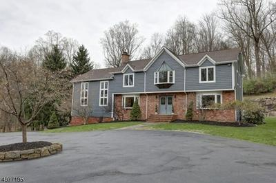 8 ROCK SPRING RD, Chester Twp., NJ 07930 - Photo 1