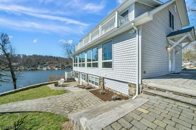 54 ITHANELL RD, HOPATCONG, NJ 07843 - Photo 1