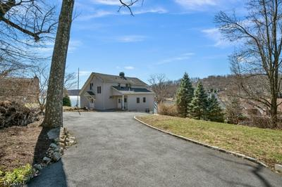 54 ITHANELL RD, HOPATCONG, NJ 07843 - Photo 2