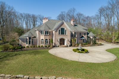 5 QUEENS COURT, Mendham Twp., NJ 07945 - Photo 2
