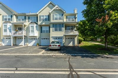 60 KENTWORTH CT, Raritan Twp., NJ 08822 - Photo 2