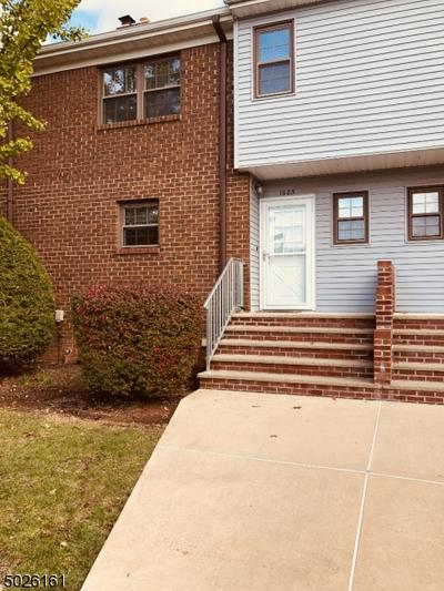 1605 REGENTS CT, Hillsborough Twp., NJ 08844 - Photo 2