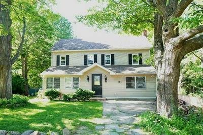 840 GREEN POND RD, ROCKAWAY, NJ 07866 - Photo 1