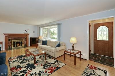 1445 LAMBERTS MILL RD, Westfield Town, NJ 07090 - Photo 2