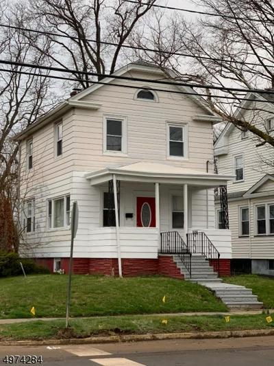 618 W CURTIS ST, LINDEN, NJ 07036 - Photo 1