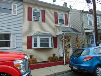 40 BRAINARD ST, Phillipsburg Town, NJ 08865 - Photo 1
