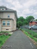 406 PARK AVE APT 3, East Orange City, NJ 07017 - Photo 2