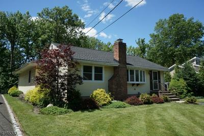 13 BLAKE DR, Clark Township, NJ 07066 - Photo 2