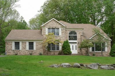 30 CARRIAGE HOUSE RD, Sparta Township, NJ 07871 - Photo 1