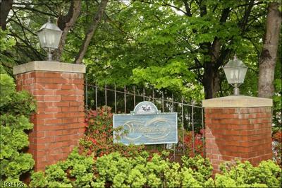 604 FAIRFAX DR, Ramsey Borough, NJ 07446 - Photo 1
