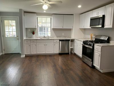 139 LEWIS ST, Phillipsburg Town, NJ 08865 - Photo 2