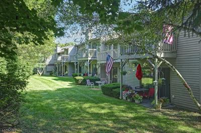 1403 SPRUCE HILLS DR, Glen Gardner Boro, NJ 08826 - Photo 1