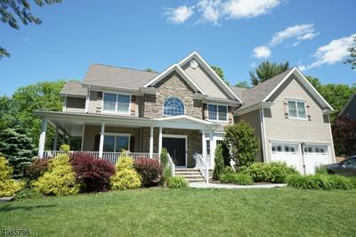 18 GROVE ST, Clark Township, NJ 07066 - Photo 1